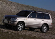 toyota land cruiser 100 series-15801