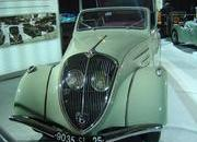 classic cars at paris motor show-103349