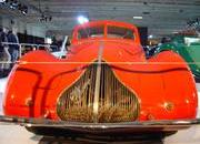 classic cars at paris motor show-103346