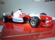 the f1 cars present on the buenos aires auto show-179607