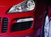 porsche cayenne gts unveiled in chicago-231053