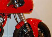 custom one-off ferrari 900 motorcycle up for auction-386291