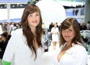 the babes of the 2011 frankfurt motor show-416985