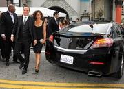 video robert downey jr. attends avengers premiere in an acura nsx roadster-449504