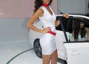 car girls of the 2012 paris auto show-475596