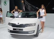 car girls of the 2012 paris auto show-475609