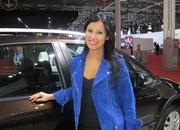 car girls of the 2012 paris auto show-475624