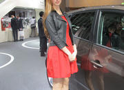 car girls of the 2012 paris auto show-475633