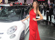 car girls of the 2012 paris auto show-475496