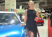 car girls of the 2012 paris auto show-475669