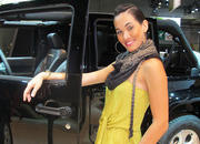 car girls of the 2012 paris auto show-475532