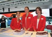 car girls of the 2012 paris auto show-475581