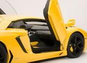 autoart 8217 s 1 18 lamborghini aventador lp700-4 makes for a sweet holiday present-485031